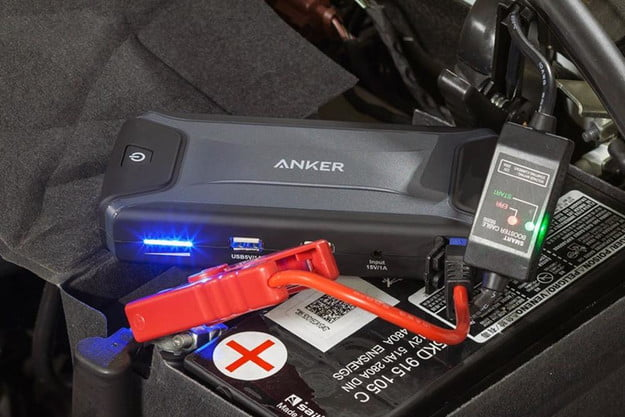 anker compact car jump starter and portable charger review feature