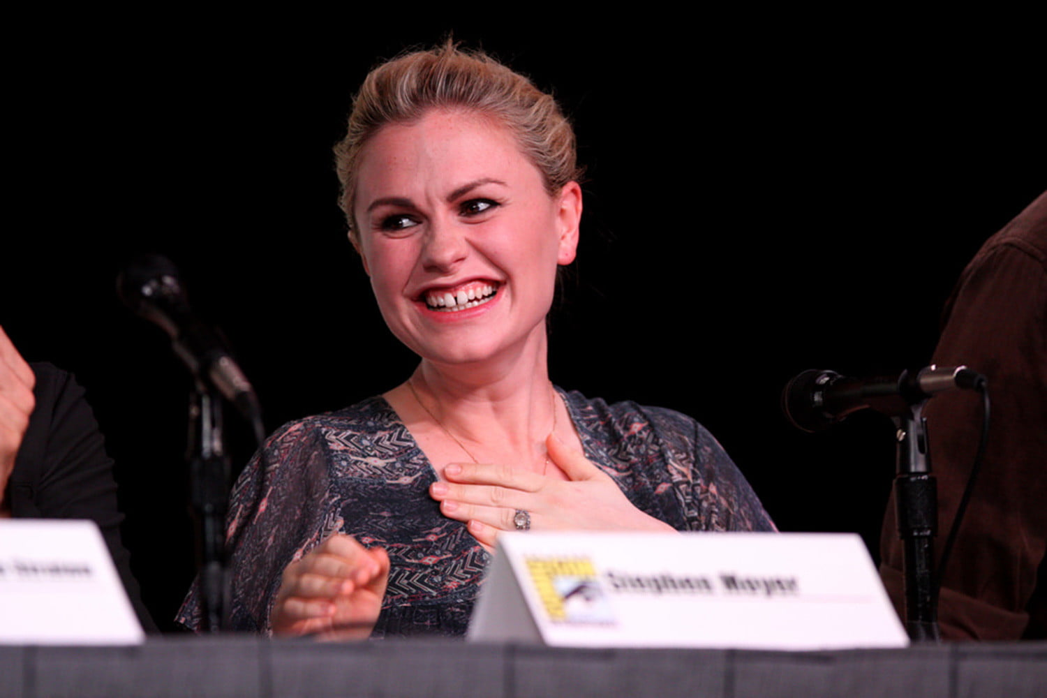 9 famous actors started child stars anna paquin adult