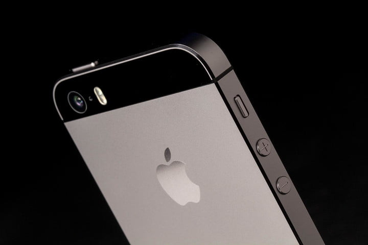 lapd unlocks iphone in jace trial apple 5s rear camera angle