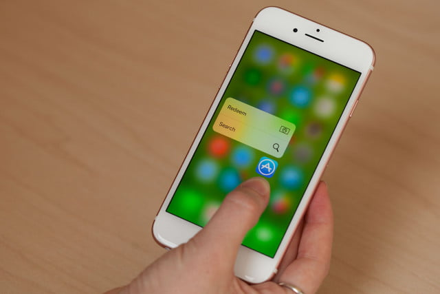 apple rolling out ios watchos iphone 6s 7857 640x427 c