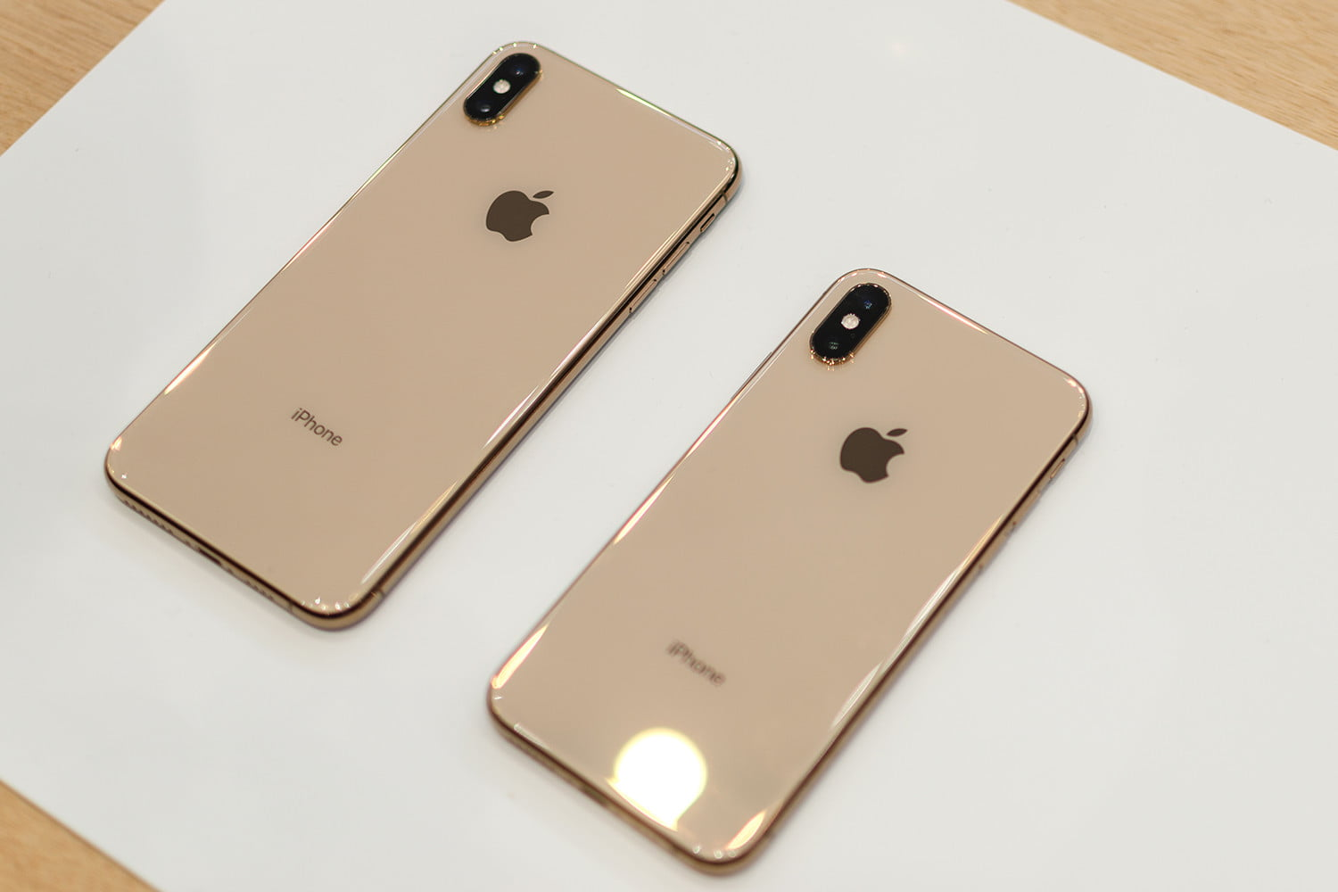 iphone xs max and xr photo galleries apple hands on 11  1