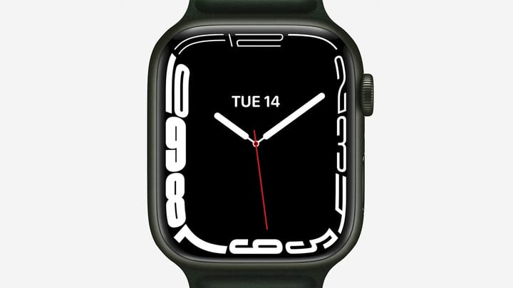 Contour Watch face on the Apple Watch Series 7.