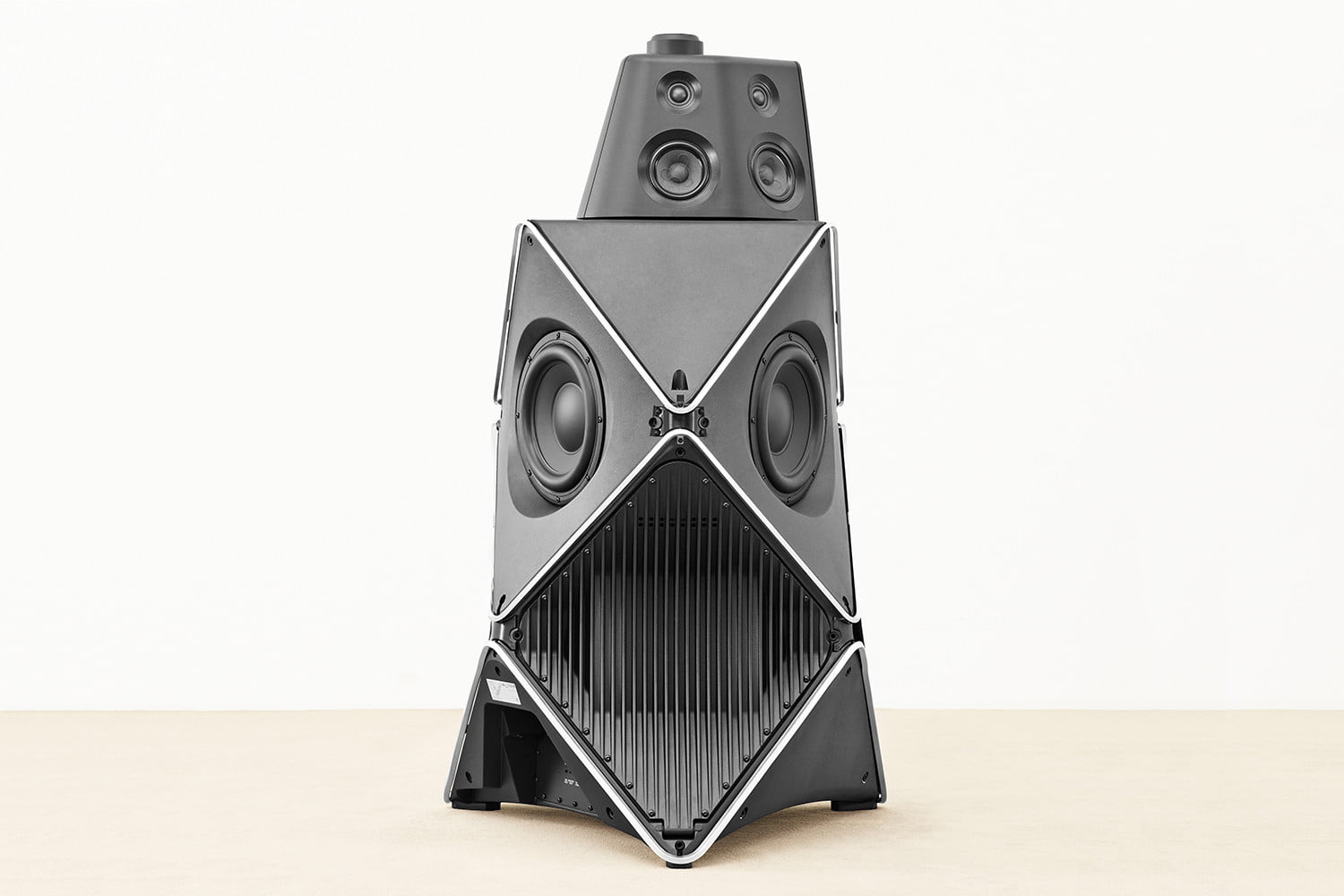 bang and olufsen beolab 90 speakers sweet spot 15cs me08