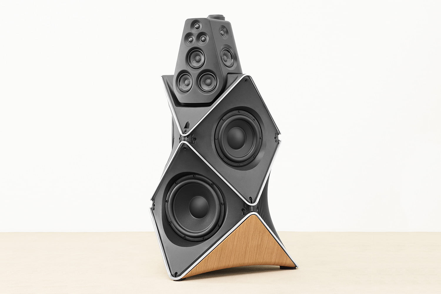 bang and olufsen beolab 90 speakers sweet spot 15cs me12