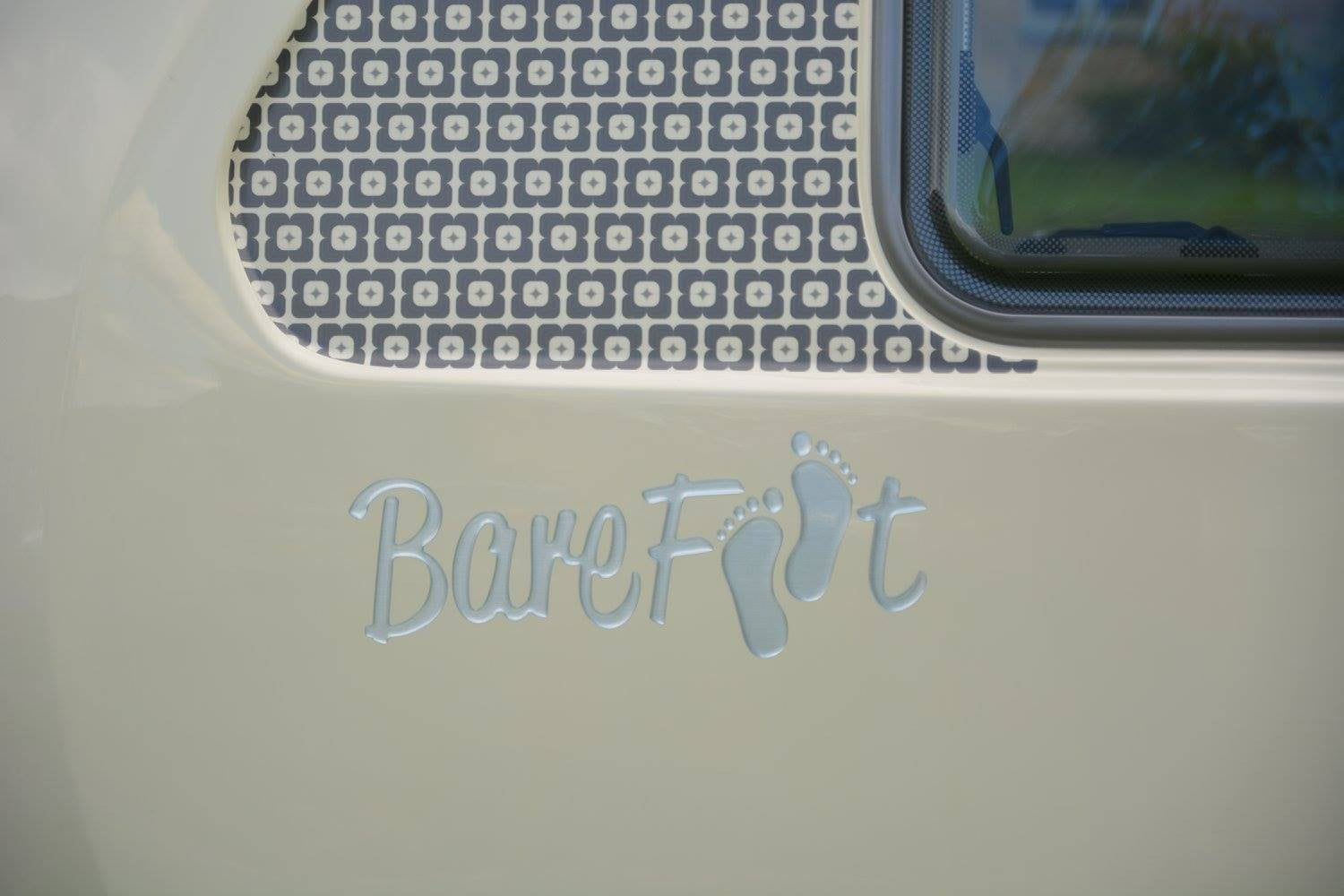 barefoot caravan makes cool curved campers 008