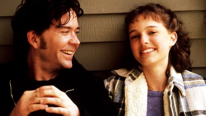 Timothy Hutton and Natalie Portman in Beautiful Girls.
