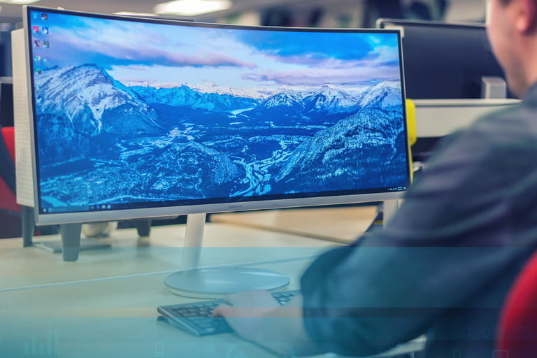 Best Products of 2017 Samsung CF791