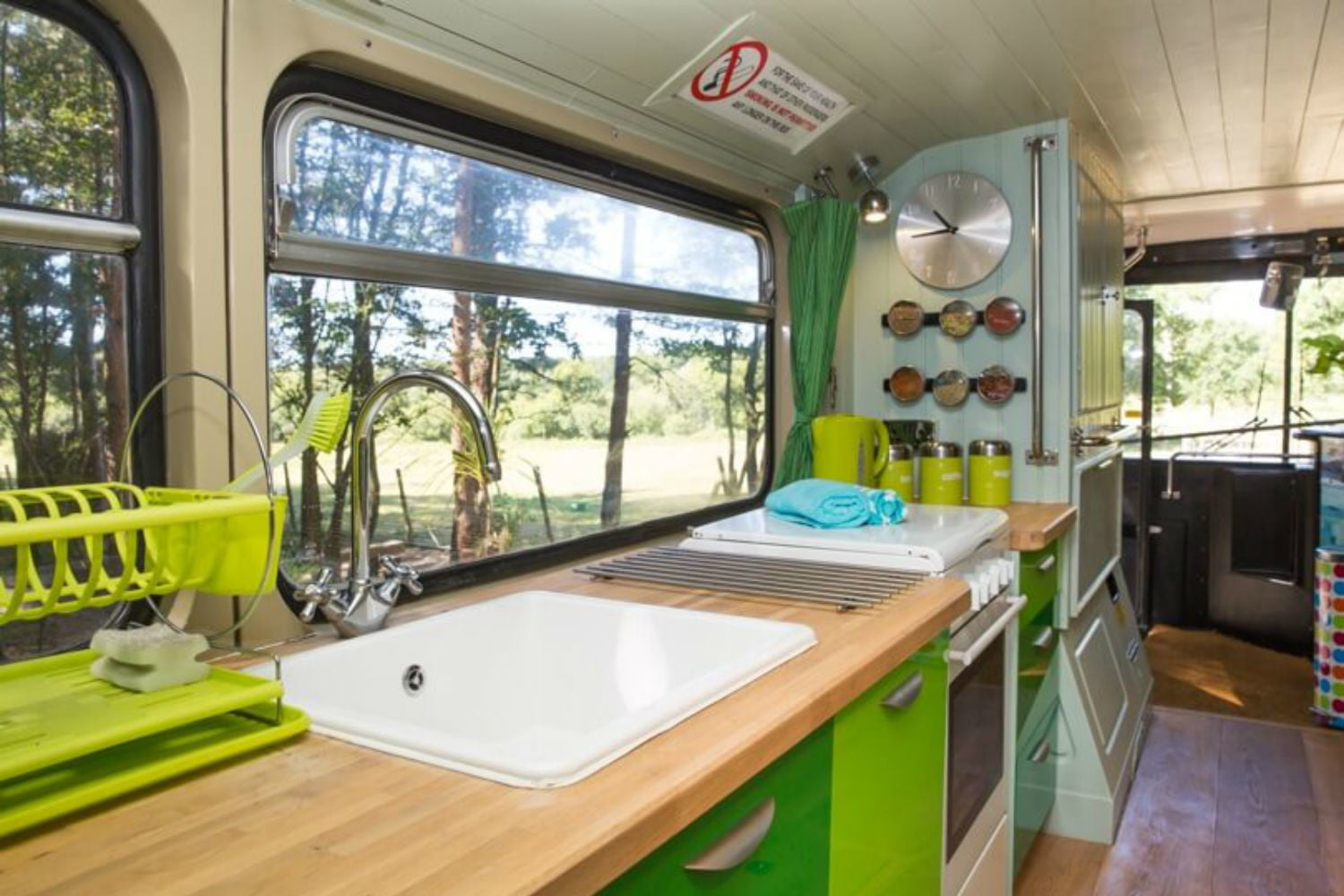 coolest bus to mobile home conversions biggreenbus5
