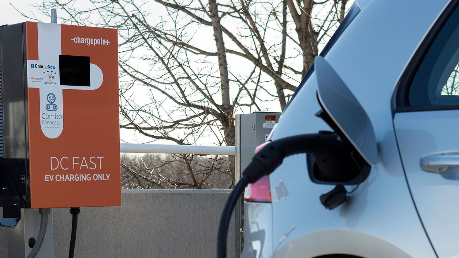 bmw vw and chargepoint create express charging corridors dc fast charge 134