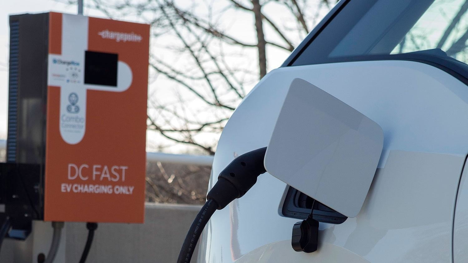 bmw vw and chargepoint create express charging corridors dc fast charge 151