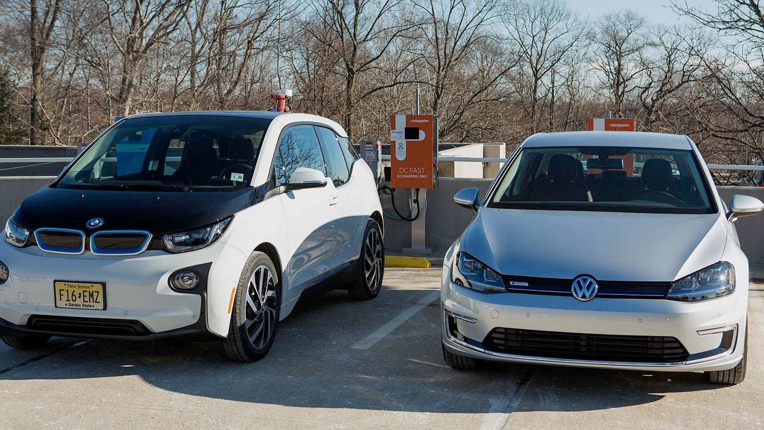 bmw vw and chargepoint create express charging corridors dc fast charge 174