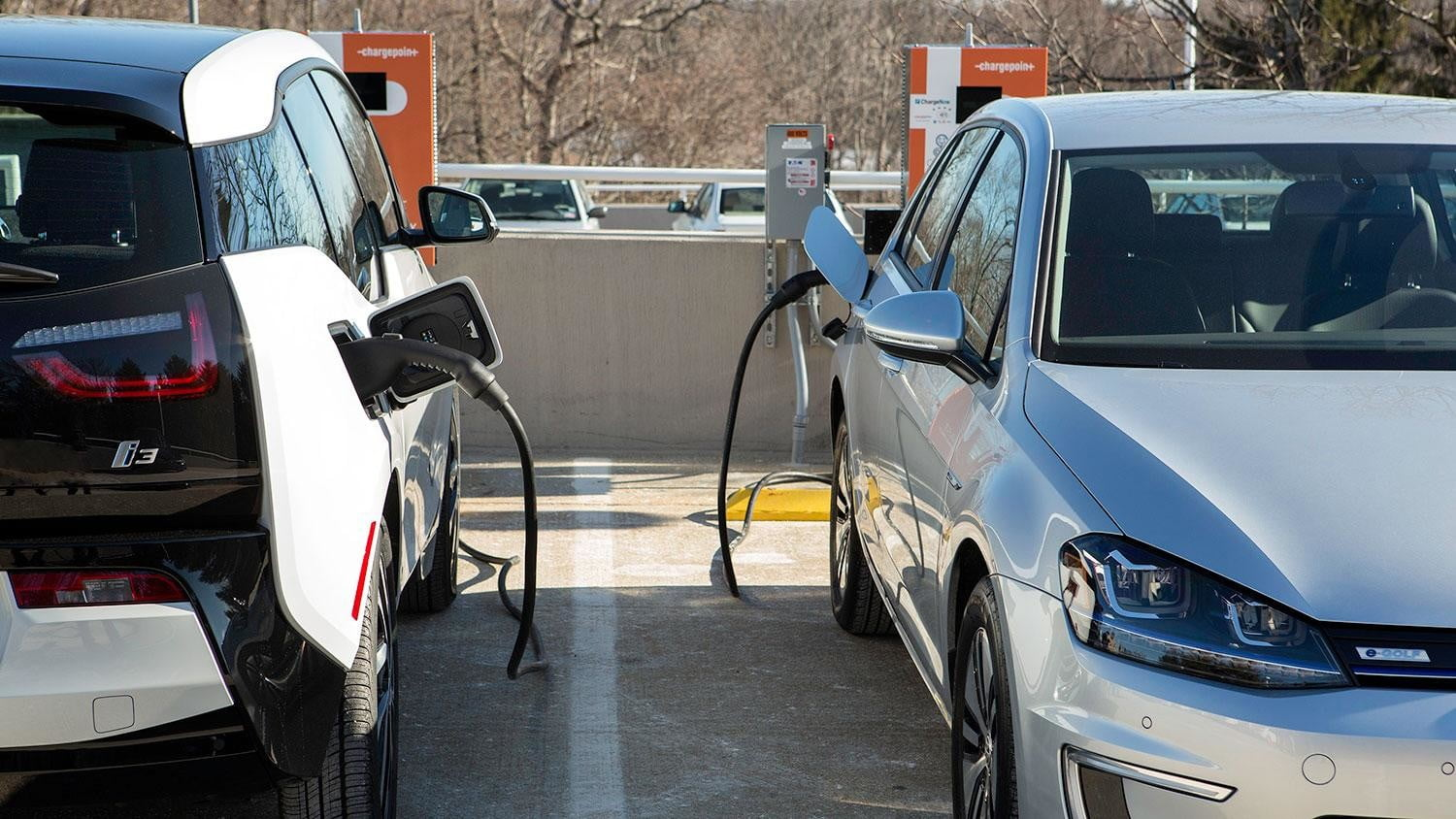 bmw vw and chargepoint create express charging corridors dc fast charge 232