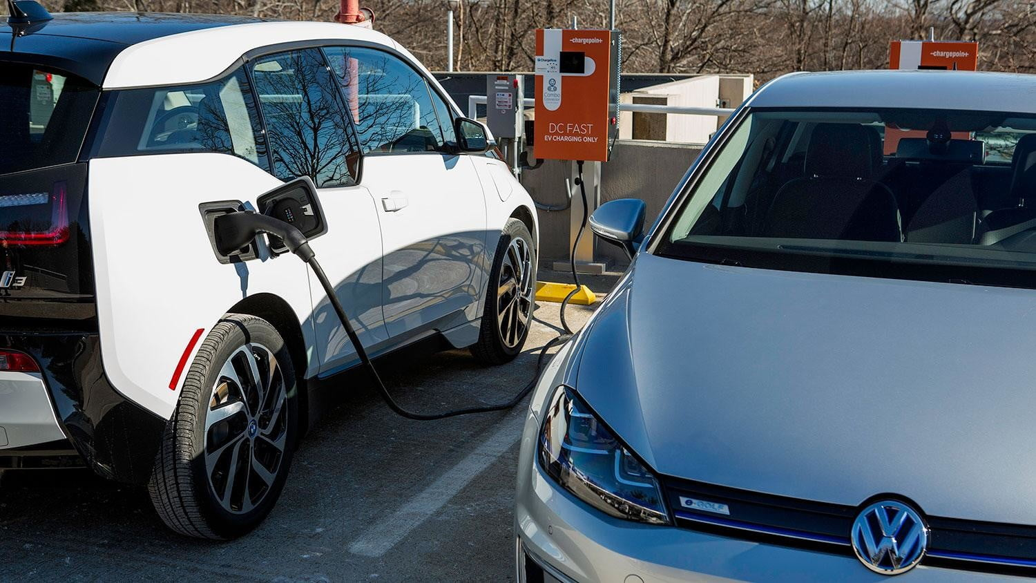 bmw vw and chargepoint create express charging corridors dc fast charge 238