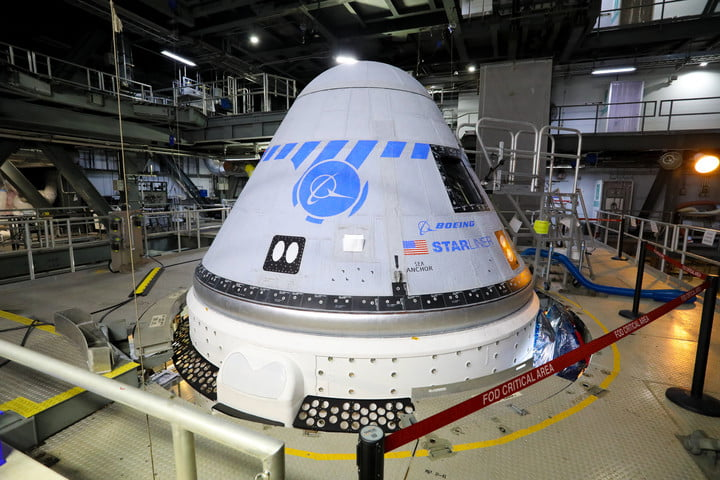 Boeing's CST-100 Starliner spacecraft in the United Launch Alliance Vertical Integration Facility at Space Launch Complex 41.