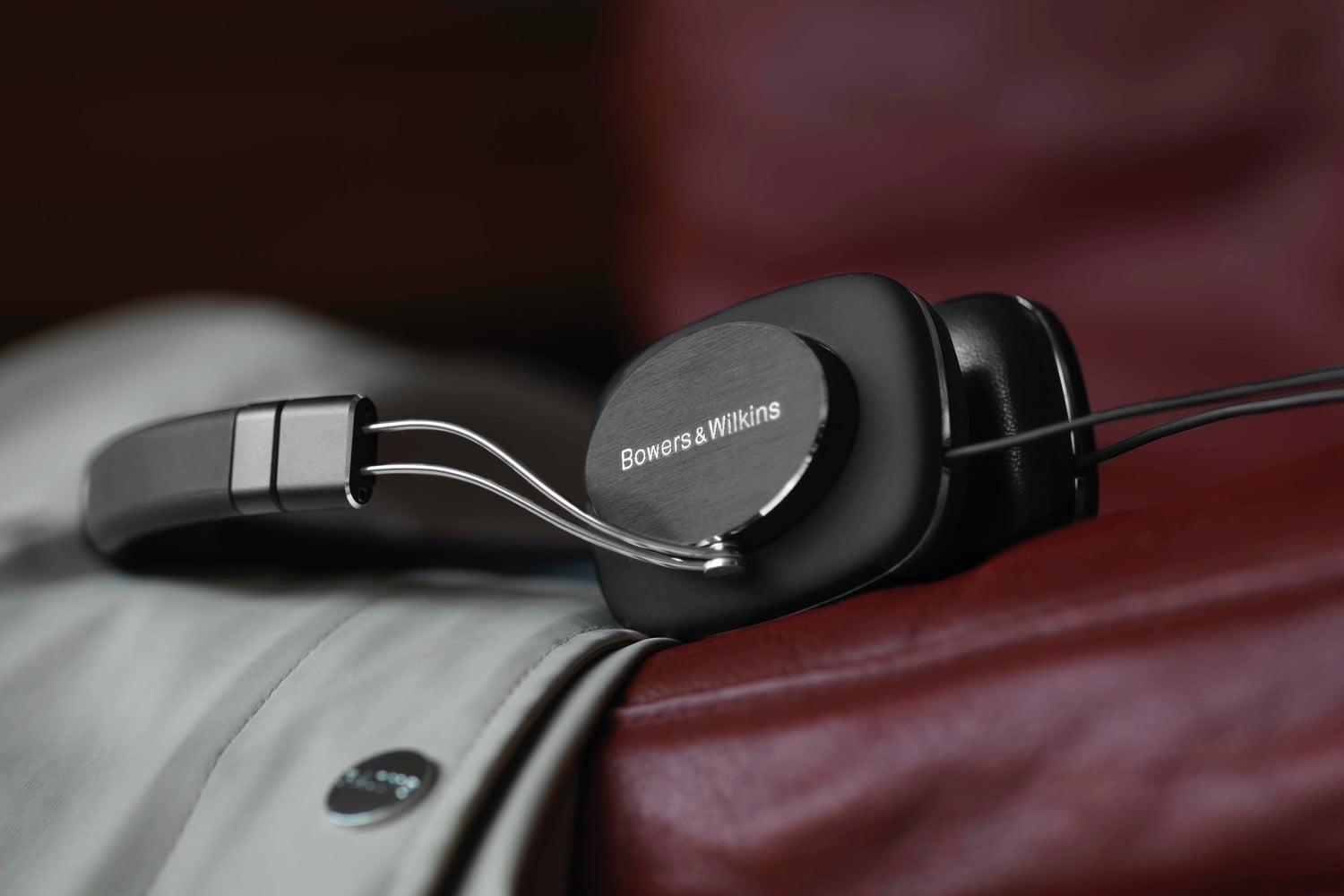 bowers wilkins p3 series 2 announced 3