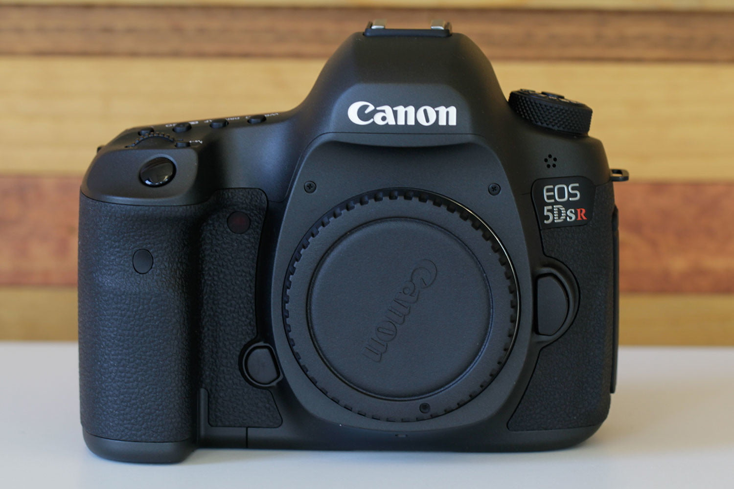 canon 5ds r vs sony a7r ii eos front