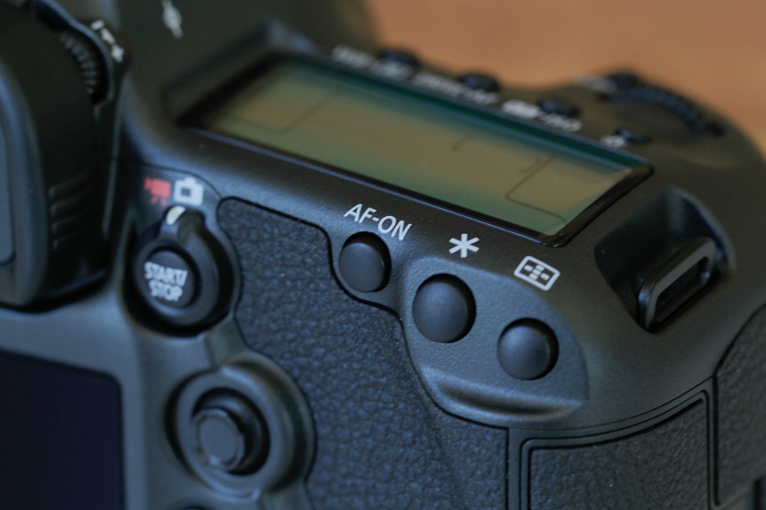 canon 5ds r vs sony a7r ii eos top buttons