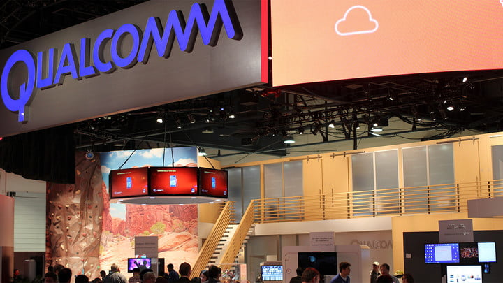 qualcomm snapdragon wear 1200 android ces 2015 s booth 2 resized