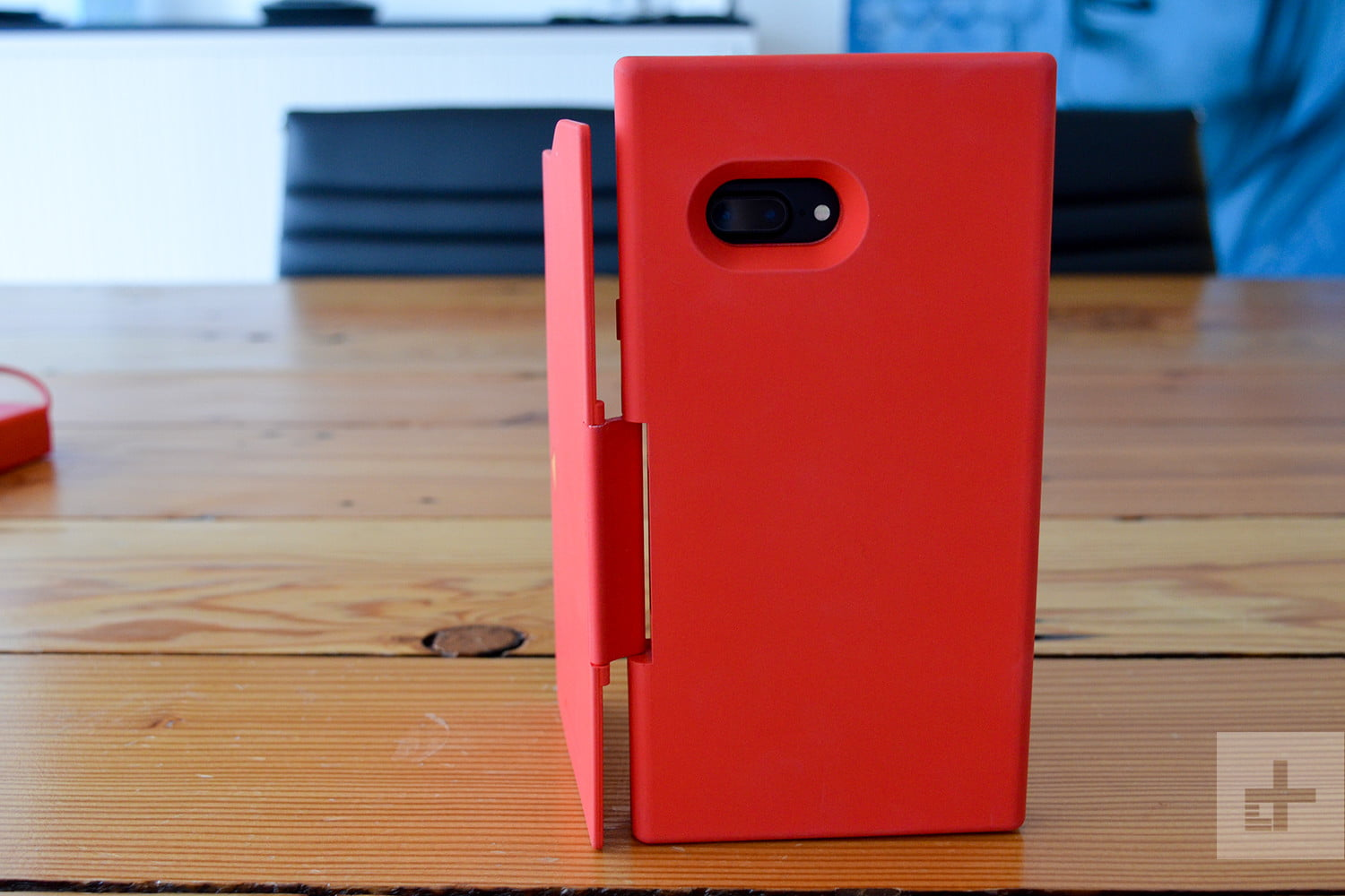 Chargemander iPhone Case Review back