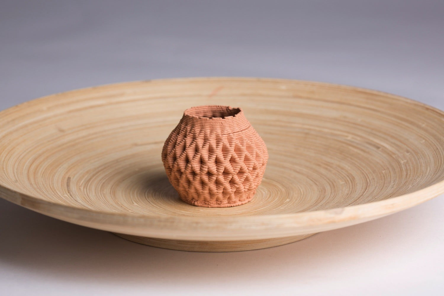 3d clay printer gives bowls vases 21st century spin clayxyz model