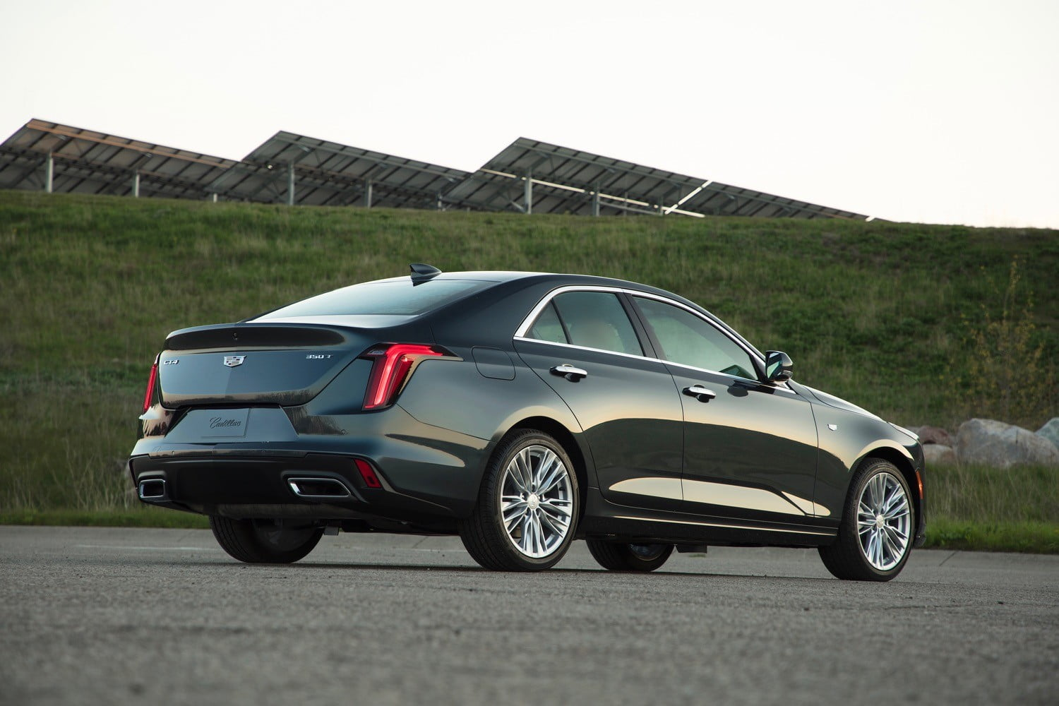 2020 cadillac ct4 photos and specs
