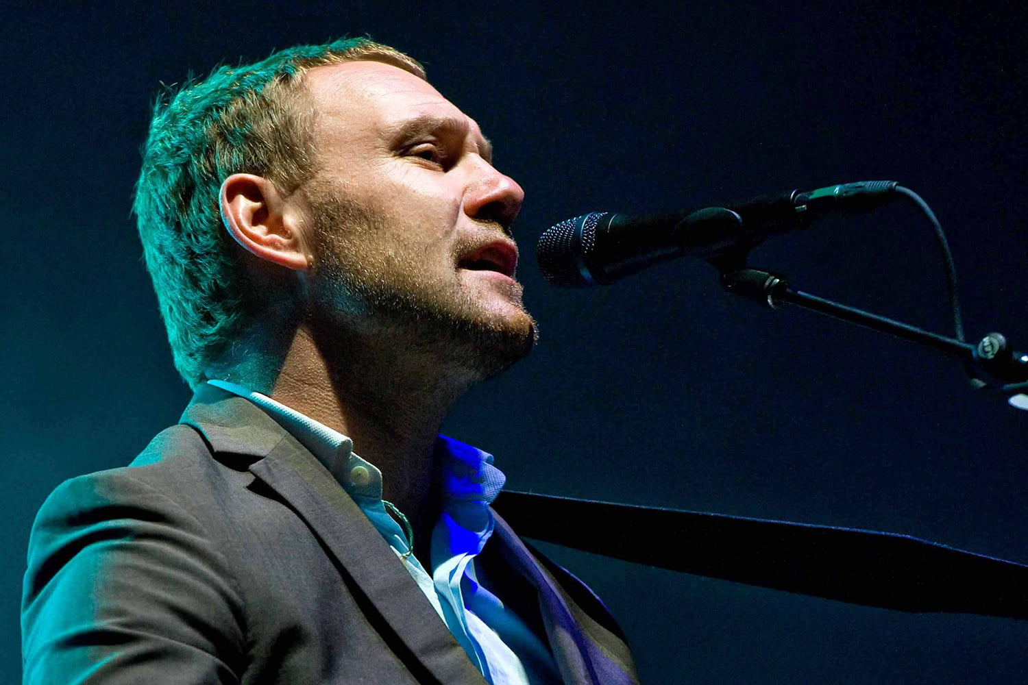 superstar singer david gray discusses new best of album 06