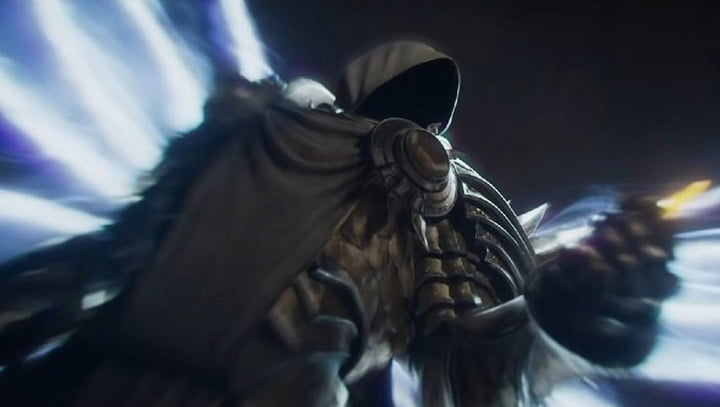 Archangel Tyreal holding a soul shard