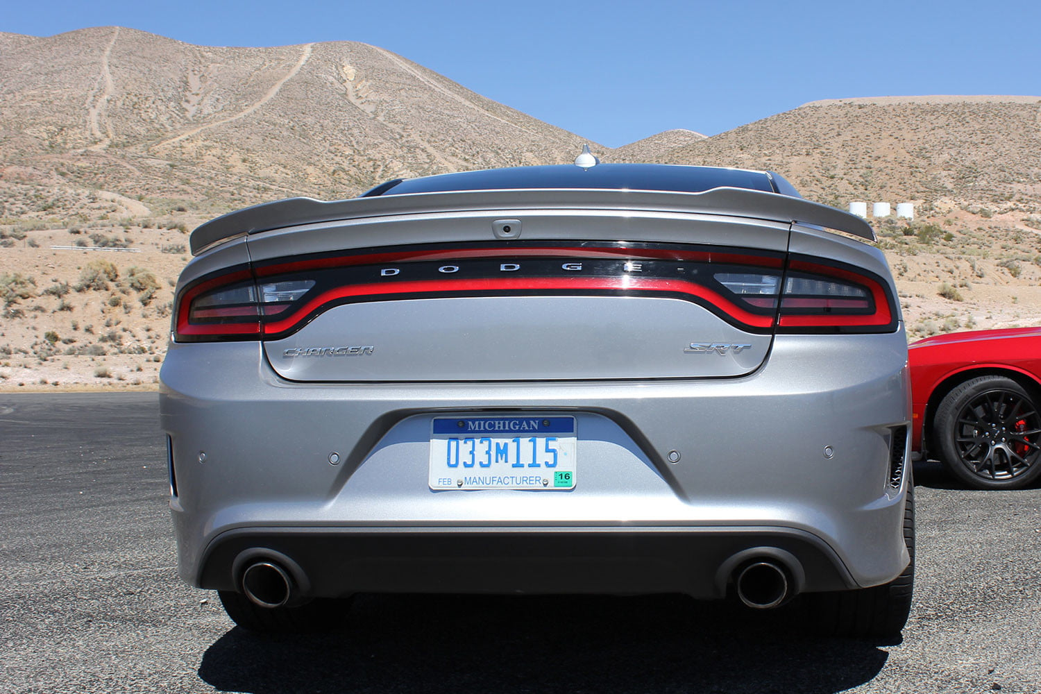 2015 dodge charger challenger srt hellcats track review back