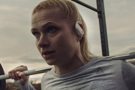 These Icelandic women just upstaged the Powerbeats Pro in nearly every way