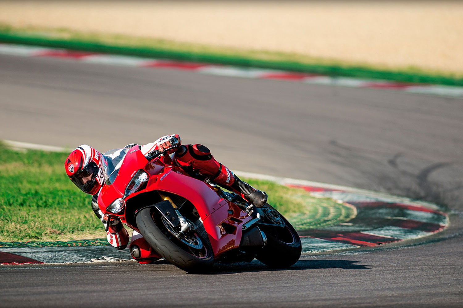 worlds fastest motorcycles ducati 1299 panigale s 0002