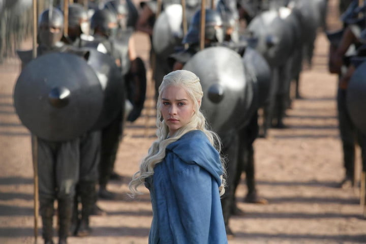 emilia clarke sex game of thrones as daenerys targaryen