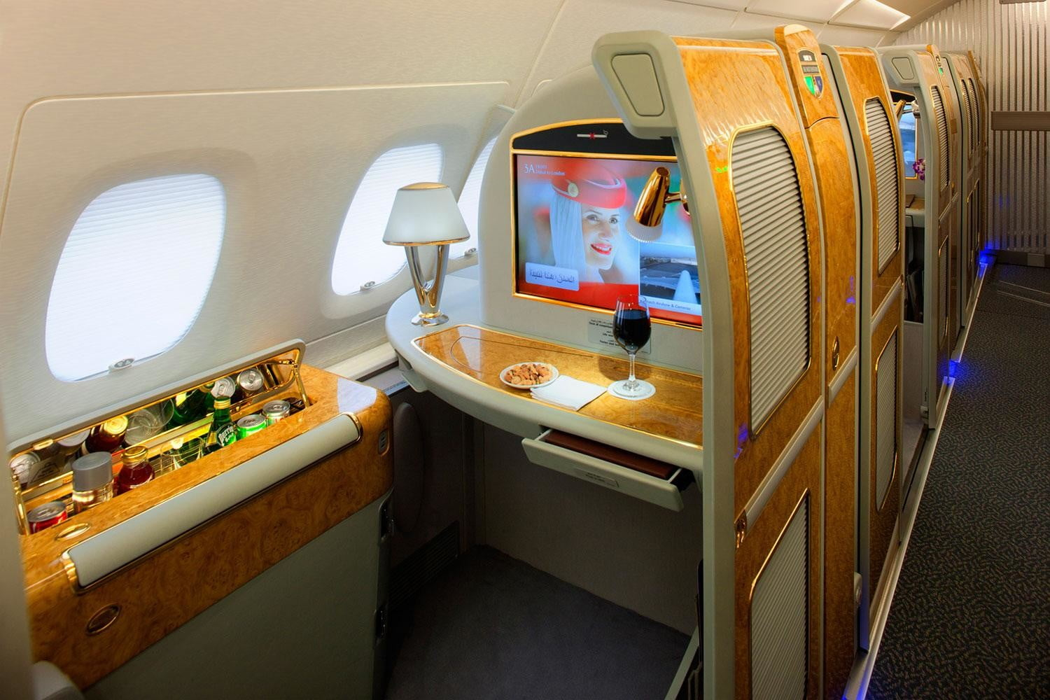 best first class airlines seats emirates a380 private suite a
