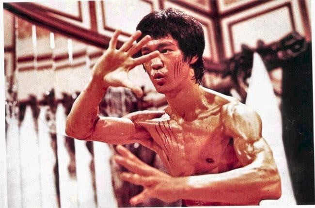 A scene from Enter the Dragon.