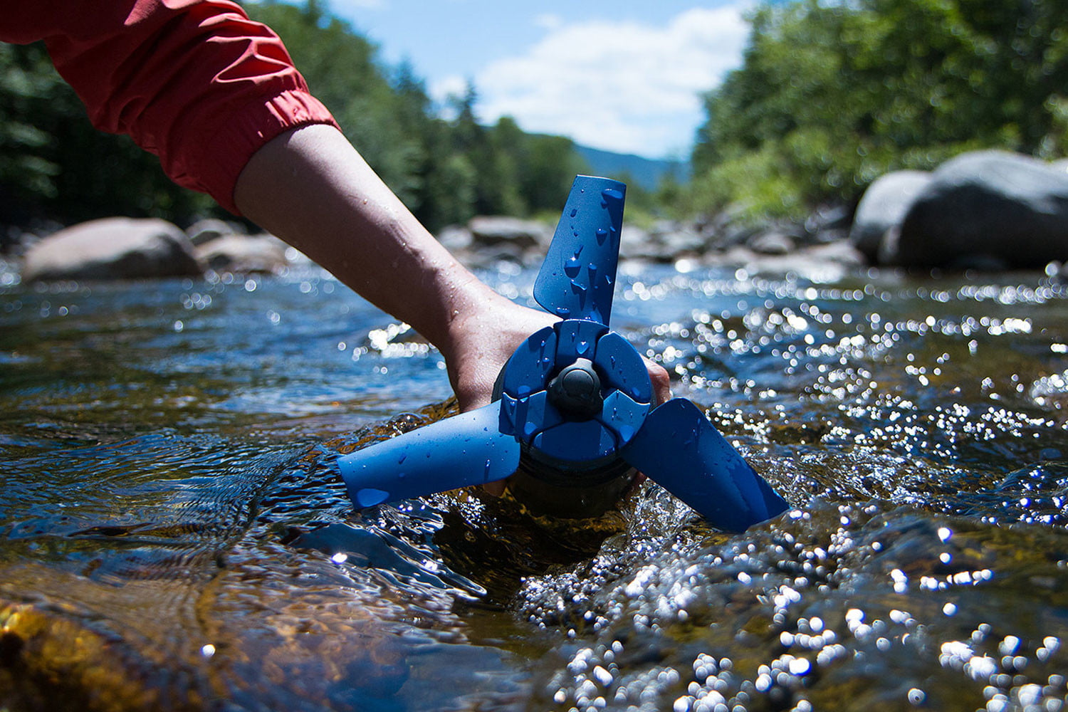 awesome tech you cant buy yet crowdfunding projects 8 21 16 estream  portable hydroelectric power generator