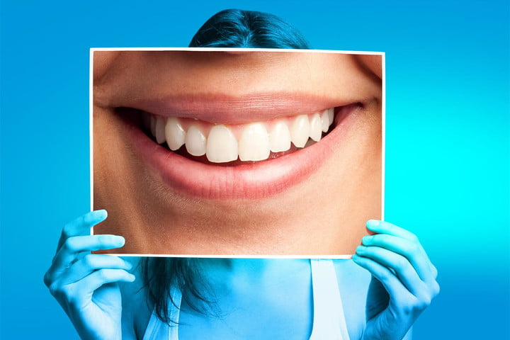 your facebook smile can predict happiness years down the line photo main