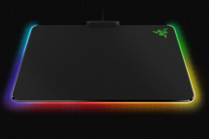 razer brings rgb lighting to the humble mouse mat firefly02