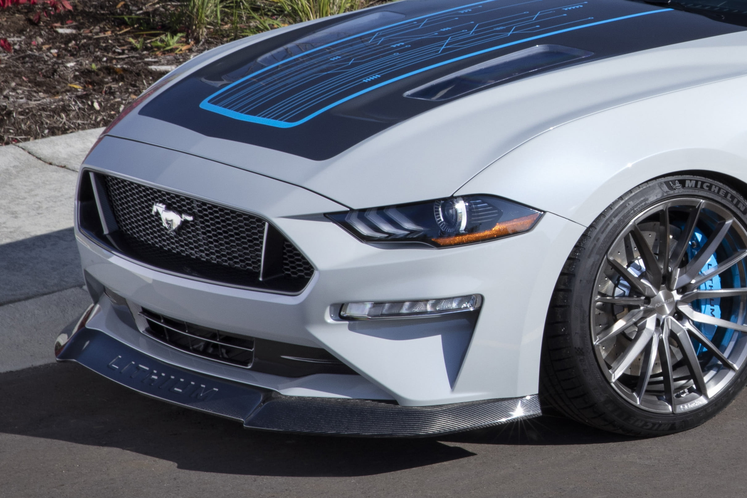 ford-mustang-lithium-ev-concept