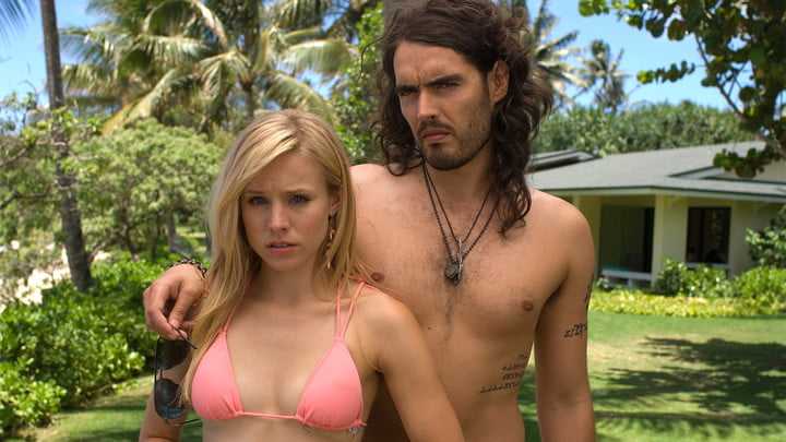 Kristen Bell and Russell Brand in Forgetting Sarah Marshall