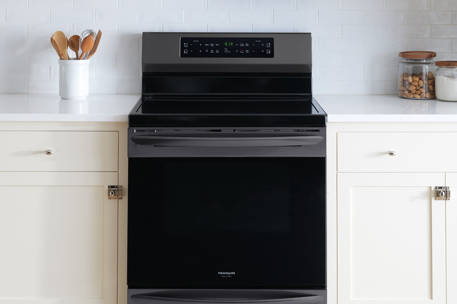 cooking on the frigidaire gallery fgif3036tf induction range self cleaning oven 7