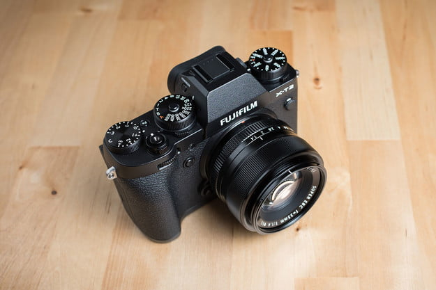 fujifilm x t2 review top angle