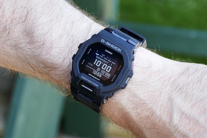 Interval workout screen on the Casio G-Shock GBD-200.