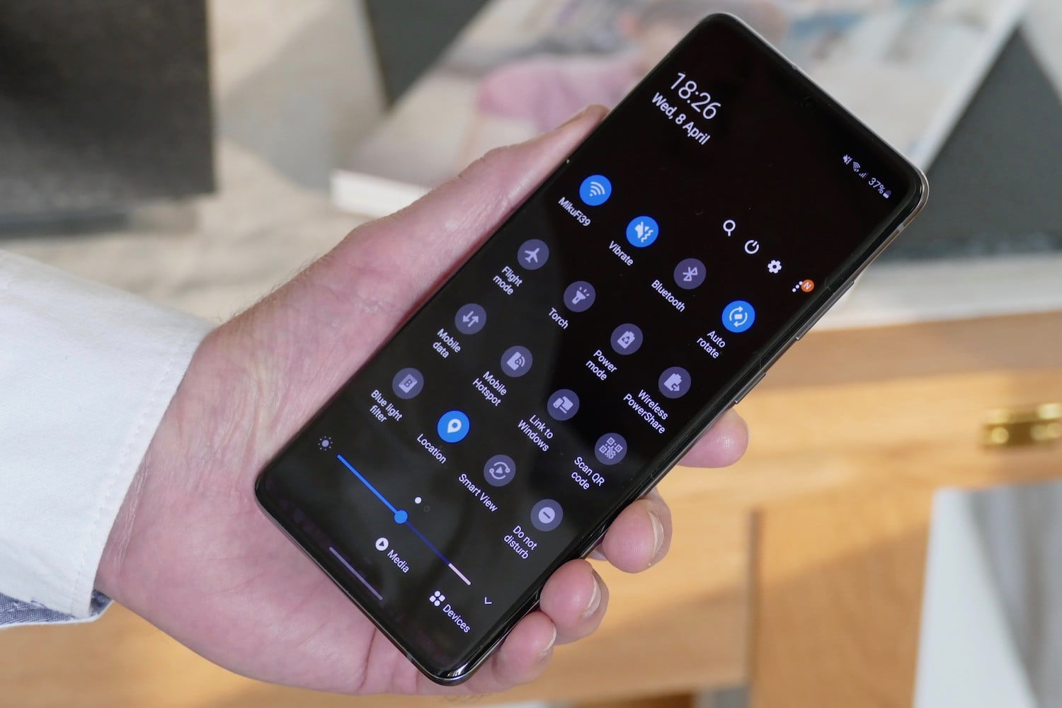 samsung galaxy s20 plus review shortcuts
