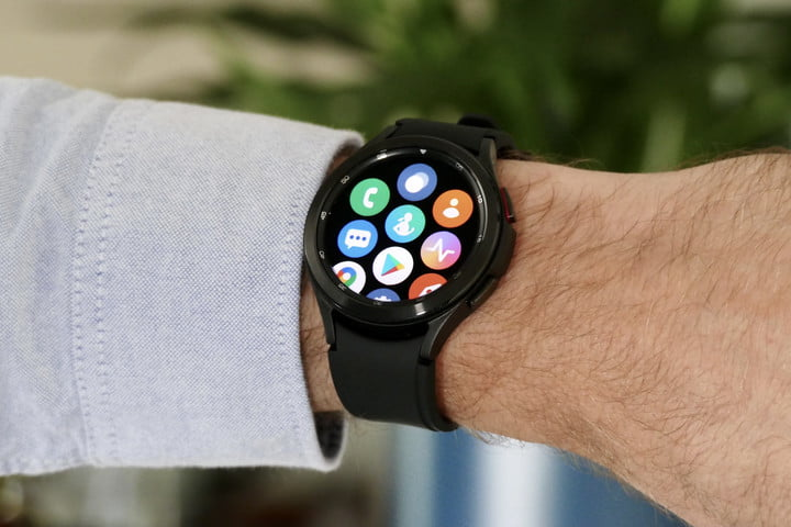 The apps of the Samsung Galaxy Watch 4 Classic on its display.