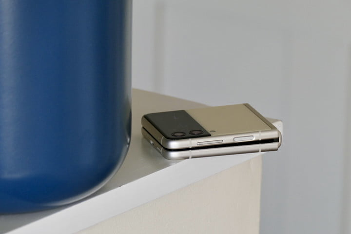 Galaxy Z Flip 3 closed and seen from the side.
