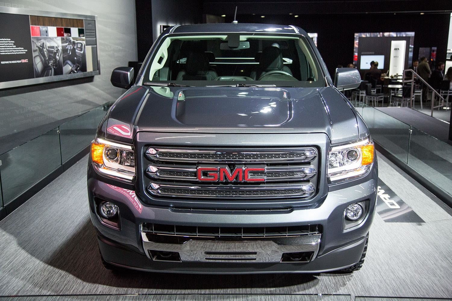 GMC-Canyon-front