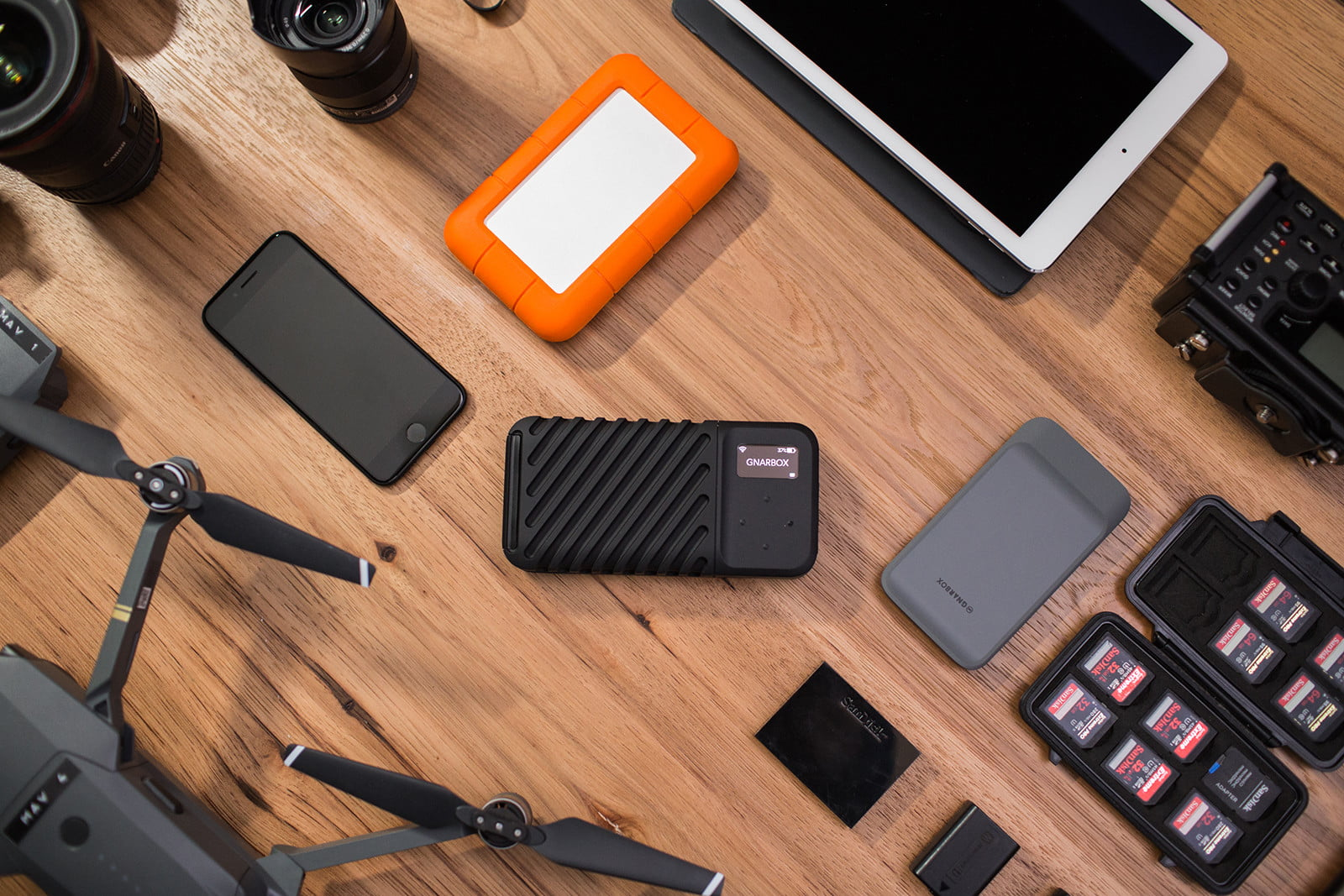 gnarbox 2 launches on kickstarter gnarbox2 02