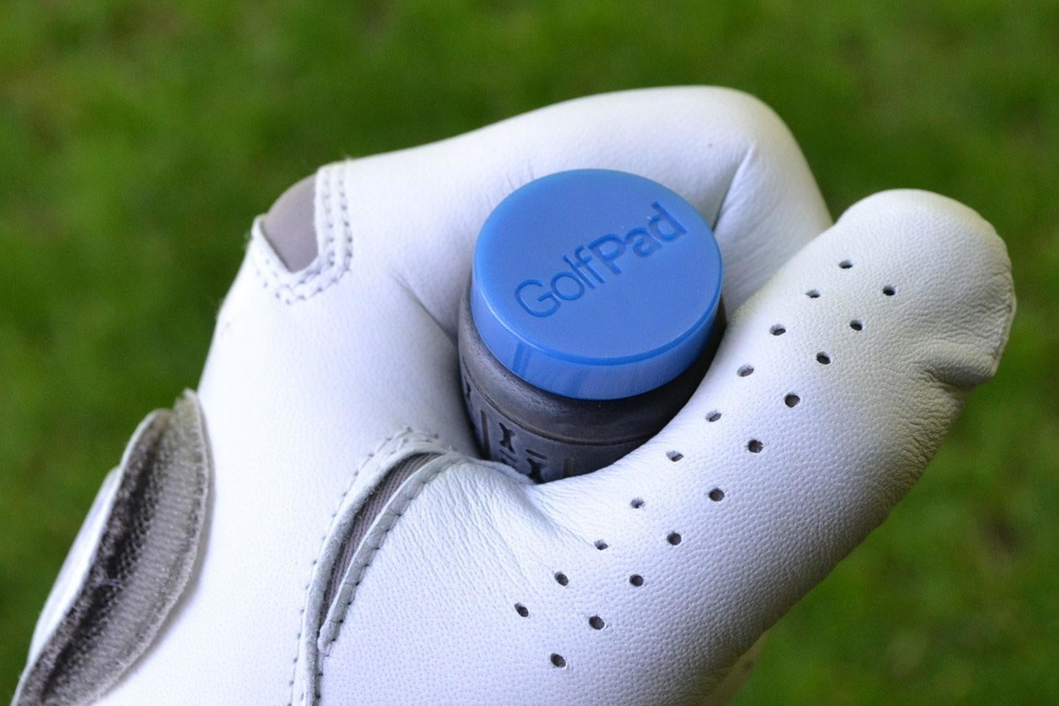 make your golf clubs smart with these little tags pad 10
