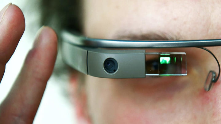 entitled acting tech nerd kicks google glass ban controversy macro