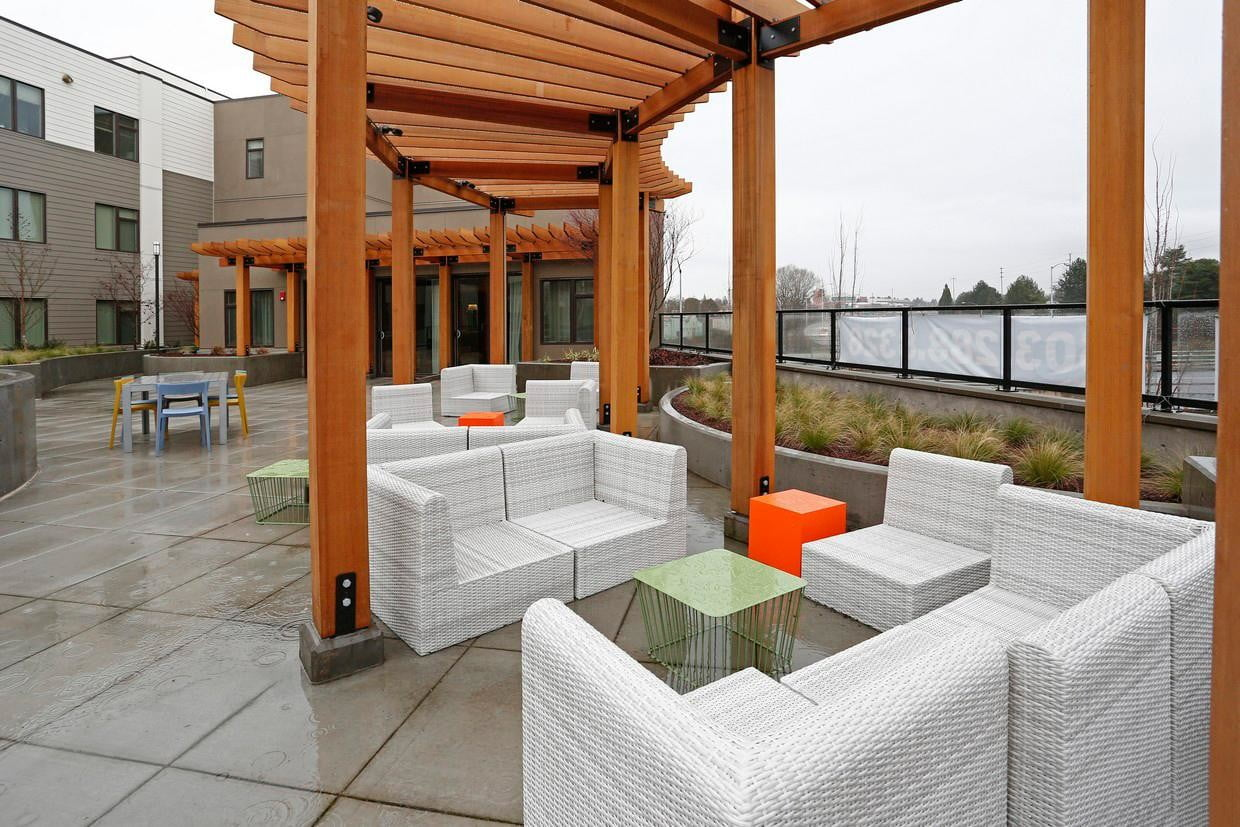 iotas is making smart apartments more automated grant park village portland or 011