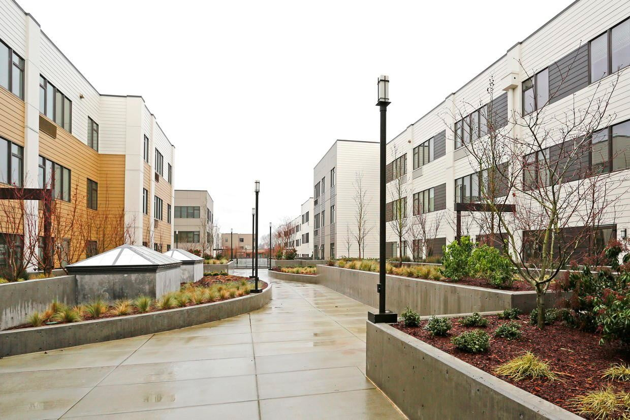 iotas is making smart apartments more automated grant park village portland or 015